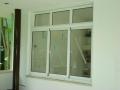 janela-aluminio-com-vidro-superior