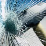 martelo quebra vidro